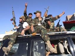 Сторонники Каддафи напомнили осебе
