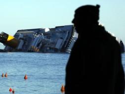 Costa Cruises платит пассажирам деньги за молчание