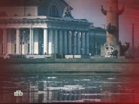 «Охотник на нимфеток».Конец 70-х, Ленинград. Преступник проникает вквартиры под видом сотрудника милиции или прокуратуры ичасами измывается над жертвами— маленькими девочками…НТВ.Ru: новости, видео, программы телеканала НТВ