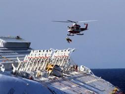 На Costa Concordia нет топлива, но остались люди