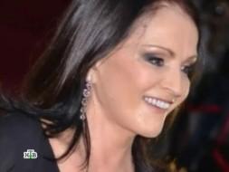 Хирурги подарили Софии Ротару лебединую шею