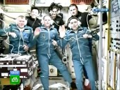 На МКС прибыл улыбающийся экипаж новой экспедиции.космонавты, МКС, посадка, Союз.НТВ.Ru: новости, видео, программы телеканала НТВ