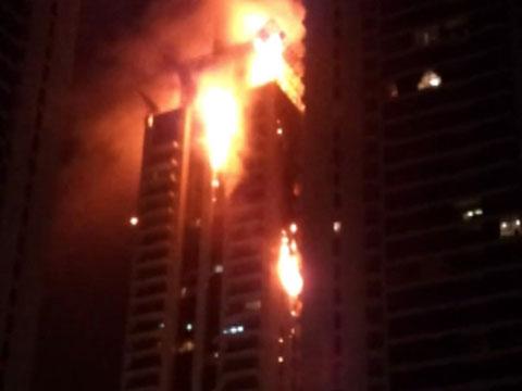 В Дубае горит небоскреб.небоскребы, ОАЭ, пожары, эвакуация.НТВ.Ru: новости, видео, программы телеканала НТВ