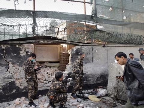 В Кабуле смертник подорвал дипломатический квартал.Афганистан, Великобритания, взрыв, НАТО, погибшие, посольства, США, терроризм.НТВ.Ru: новости, видео, программы телеканала НТВ