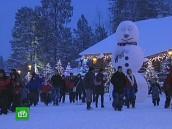Санта-Клаус любит поболтать «за жизнь» с российскими гостями.праздники, Россия, Санта-Клаус, туристы, Финляндия.НТВ.Ru: новости, видео, программы телеканала НТВ