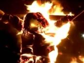 Празднующие гондурасцы взорвали и сожгли президента.взрыв, Гондурас, Новый год, политические лидеры.НТВ.Ru: новости, видео, программы телеканала НТВ