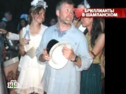Абрамович свил семейное гнездышко на райском острове миллионеров