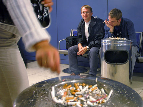 Унас не курят: 1июня россияне проснутся вдругой стране.Госдума, закон, курение.НТВ.Ru: новости, видео, программы телеканала НТВ