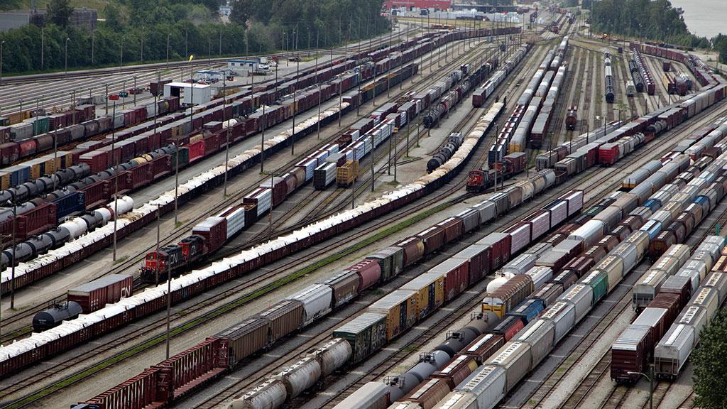 https://img2.ntv.ru/home/news/20130422/rail_vs.jpg