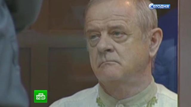 Полковник Квачков в славянской рубахе прибыл в Верховный суд.Квачков, суд, Верховный суд, приговор, мятежи и бунты.НТВ.Ru: новости, видео, программы телеканала НТВ