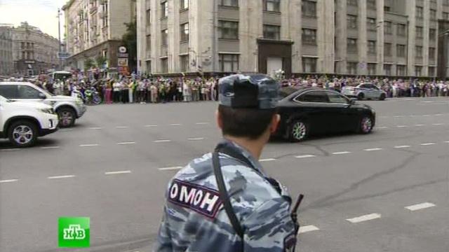 Полиция насчитала 2, 5тысячи сторонников Навального вцентре Москвы.Манежная площадь, митинги, Москва, Навальный, ОМОН.НТВ.Ru: новости, видео, программы телеканала НТВ