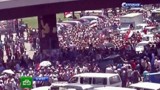 Жители Каира покидают дома и готовятся к штурму