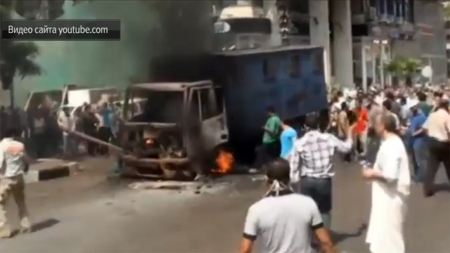 Разъяренные исламисты подожгли два правительственных здания вЕгипте.беспорядки, Египет, протесты, туристы.НТВ.Ru: новости, видео, программы телеканала НТВ