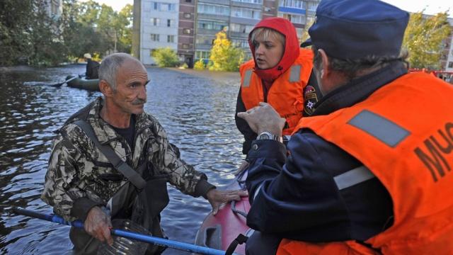 Ликвидацию последствий наводнения на Дальнем Востоке оценили в40млрд.Дальний Восток, Медведев, наводнения, помощь, пострадавшие, Путин, стихийные бедствия, страхование.НТВ.Ru: новости, видео, программы телеканала НТВ