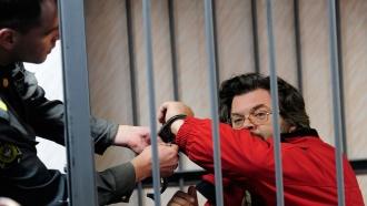 Судьи приступили кжалобам активиста Greenpeace Романа Долгова