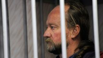 Старший помощник капитана Arctic Sunrise оставлен под арестом