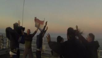 Опубликовано видео штурма Arctic Sunrise пограничным спецназом