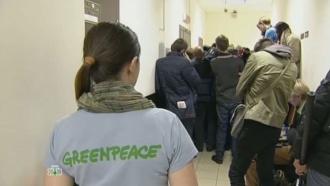 В Петербурге отпустили под залог еще двух иностранных активистов Greenpeace