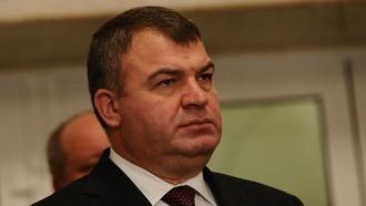 Бывшему министру Сердюкову не грозит арест по уголовному делу