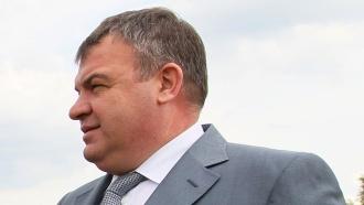 Молчащему Сердюкову после допроса выбрали меру пресечения