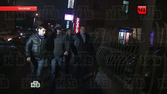 Подозреваемый в убийстве актера сериала «Глухарь» отказался говорить с журналистами.актеры, Владикавказ, допрос, задержания, Москва, убийства, эксклюзив.НТВ.Ru: новости, видео, программы телеканала НТВ