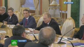 Речь не оединомыслии: Путин ответил критикам единого учебника истории