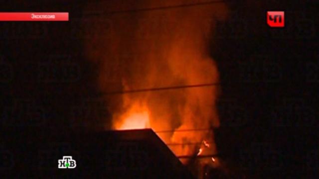 ВМахачкале после двух взрывов загорелся ресторан.взрывы, Дагестан, Махачкала, нападения, рестораны.НТВ.Ru: новости, видео, программы телеканала НТВ