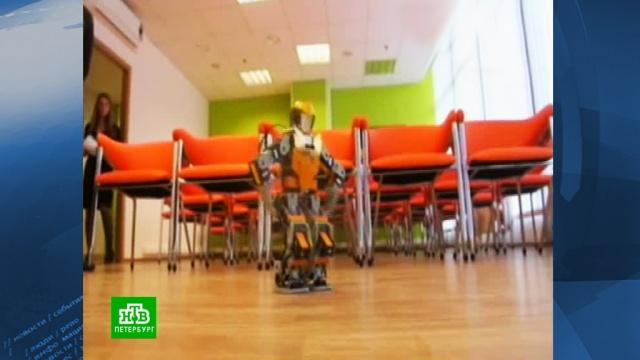 На открытии демоцентра робот пустился в пляс.роботы, Санкт-Петербург, технологии.НТВ.Ru: новости, видео, программы телеканала НТВ