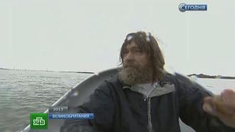 ВТихом океане Конюхов поймал кальмара иувидел кокосовый орех