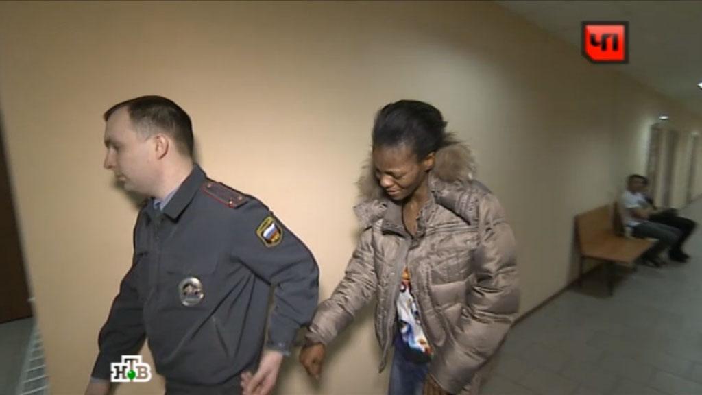 оперативники задержали проституток обочине