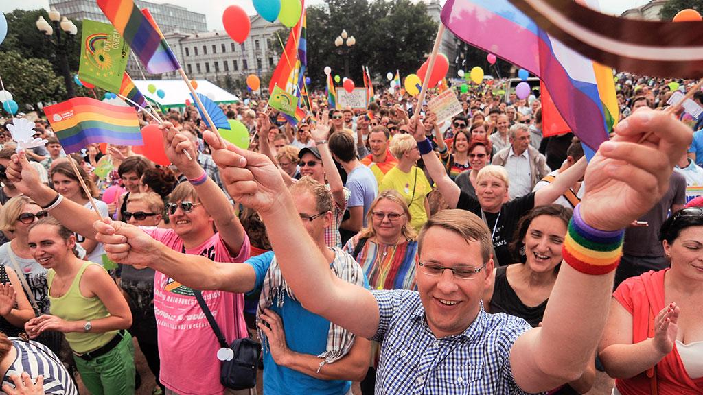 В европе в власти гей