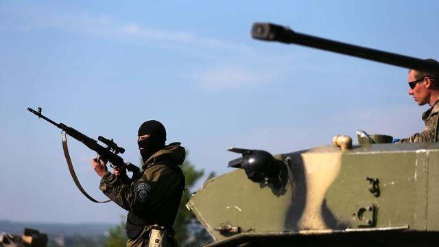 Перемирие закончено: силовики открыли огонь по луганским ополченцам.вооруженный конфликт, ЛНР, Луганск, перемирие, Украина.НТВ.Ru: новости, видео, программы телеканала НТВ