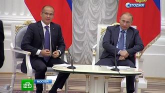 Путин призвал членов Общественной палаты быть требовательными и не жадничать