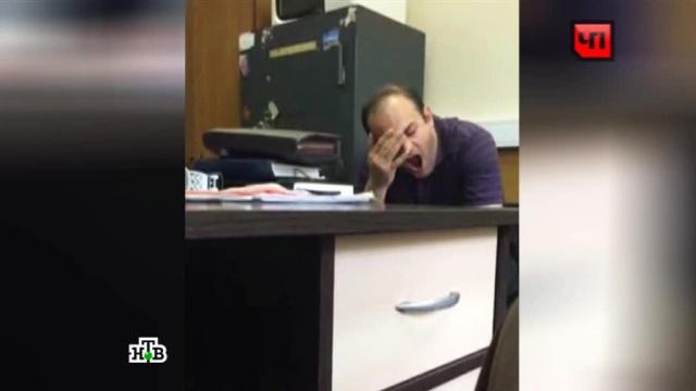 Вполиции допросили Александра Прутяна, который умышленно сбил пенсионера.допрос, ДТП, задержания, конфликты, Москва, пенсионеры, психиатрия.НТВ.Ru: новости, видео, программы телеканала НТВ