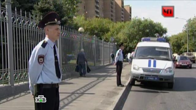 Полиция ибойцы ОМОН оцепили Мосгорсуд перед приговором Удальцову.Мосгорсуд, оппозиция, полиция, Развозжаев, Удальцов.НТВ.Ru: новости, видео, программы телеканала НТВ