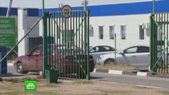 Приезд наблюдателей ОБСЕ: близ российских КПП стоят грузовики сукраинскими номерами