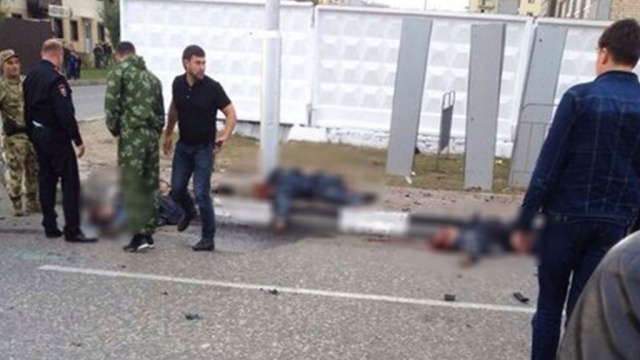 Кадыров рассказал оподвиге погибших полицейских вГрозном.Грозный, Кадыров, Чечня, взрывы, терроризм.НТВ.Ru: новости, видео, программы телеканала НТВ