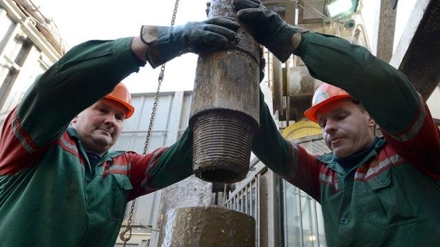 Цена барреля нефти Brent впервые за пять лет упала ниже 65долларов.ОПЕК, биржи, нефть, экономика и бизнес, энергетика.НТВ.Ru: новости, видео, программы телеканала НТВ