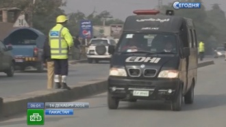 Посольство РФ выясняет, есть ли среди погибших в Пешаваре россияне