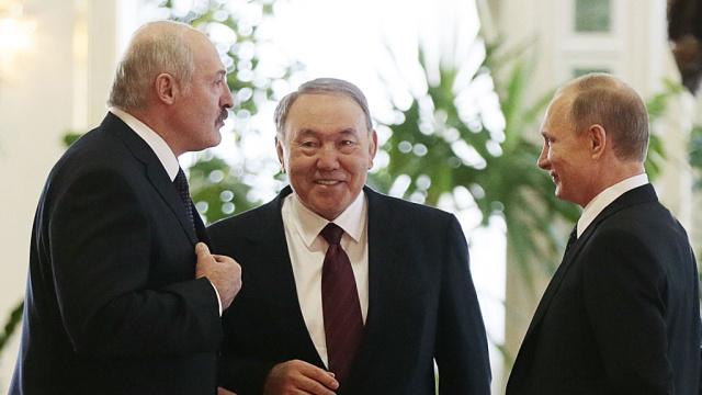 Путин предложил подумать осоздании валютного союза сБелоруссией иКазахстаном.Казахстан, Лукашенко, Назарбаев, Путин.НТВ.Ru: новости, видео, программы телеканала НТВ