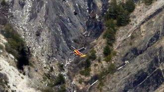 Французские спасатели четыре часа пробирались кразбившемуся лайнеру Germanwings