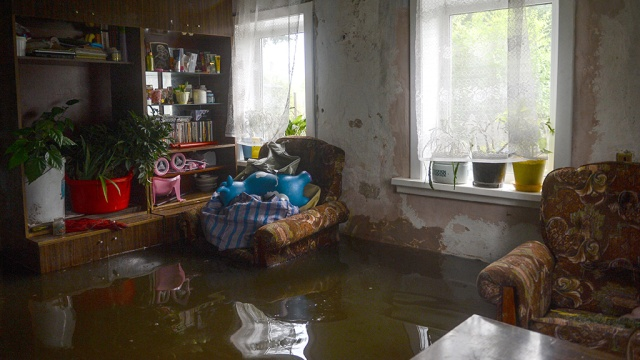 Медведев распорядился закрыть вопрос свыплатами по искам пострадавших от наводнения 2013года.Дальний Восток, Медведев, компенсации, наводнение, суды.НТВ.Ru: новости, видео, программы телеканала НТВ