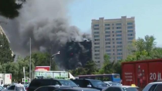 Жилая многоэтажка вБаку вспыхнула как спичка.Азербайджан, Баку, пожары.НТВ.Ru: новости, видео, программы телеканала НТВ