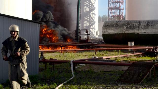 На нефтебазе под Киевом вспыхнул новый пожар.Киев, нефть, пожары, Украина.НТВ.Ru: новости, видео, программы телеканала НТВ