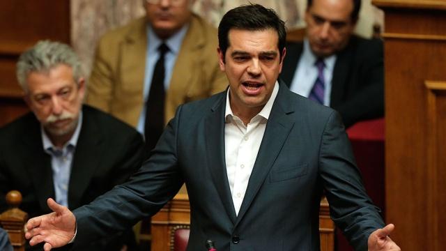 Перед голосованием Ципрас произнес впарламенте страстную речь.Греция, Европейский союз, еврозона, кредиты, экономика и бизнес.НТВ.Ru: новости, видео, программы телеканала НТВ