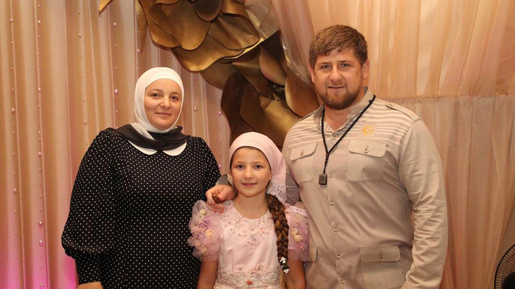 фото жена кадыров