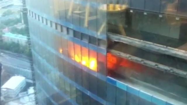 На територии «Москва-Сити» горел небоскреб.Москва, Москва-Сити, небоскребы, пожары.НТВ.Ru: новости, видео, программы телеканала НТВ