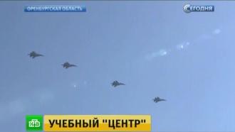 В Оренбуржье штурмовики и истребители атаковали бронетехнику условного противника