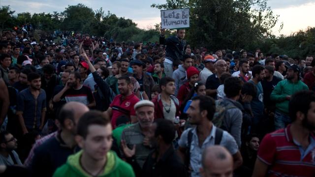 Саммит ЕС выделил 1млрд евро на помощь беженцам.Брюссель, Венгрия, Европейский союз, Сербия, Хорватия, беженцы, граница.НТВ.Ru: новости, видео, программы телеканала НТВ