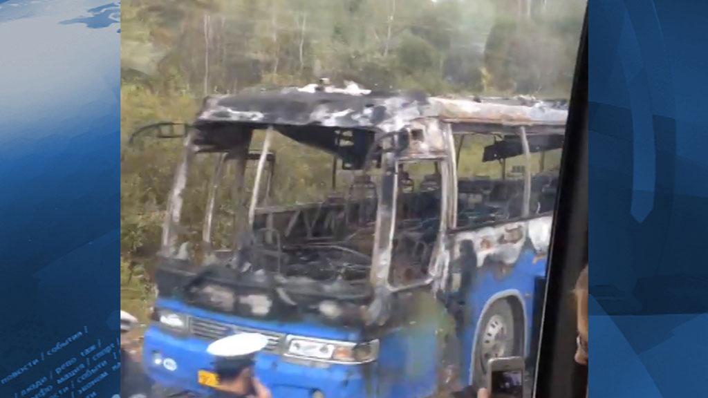 daet-v-rot-v-avtobuse